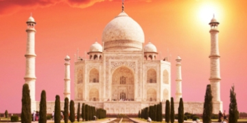 Taj Mahal Sunrise Tour from Delhi